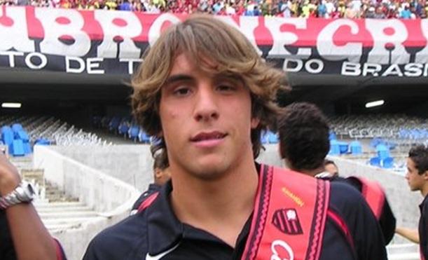 Jets sign Bernardo Ribeiro